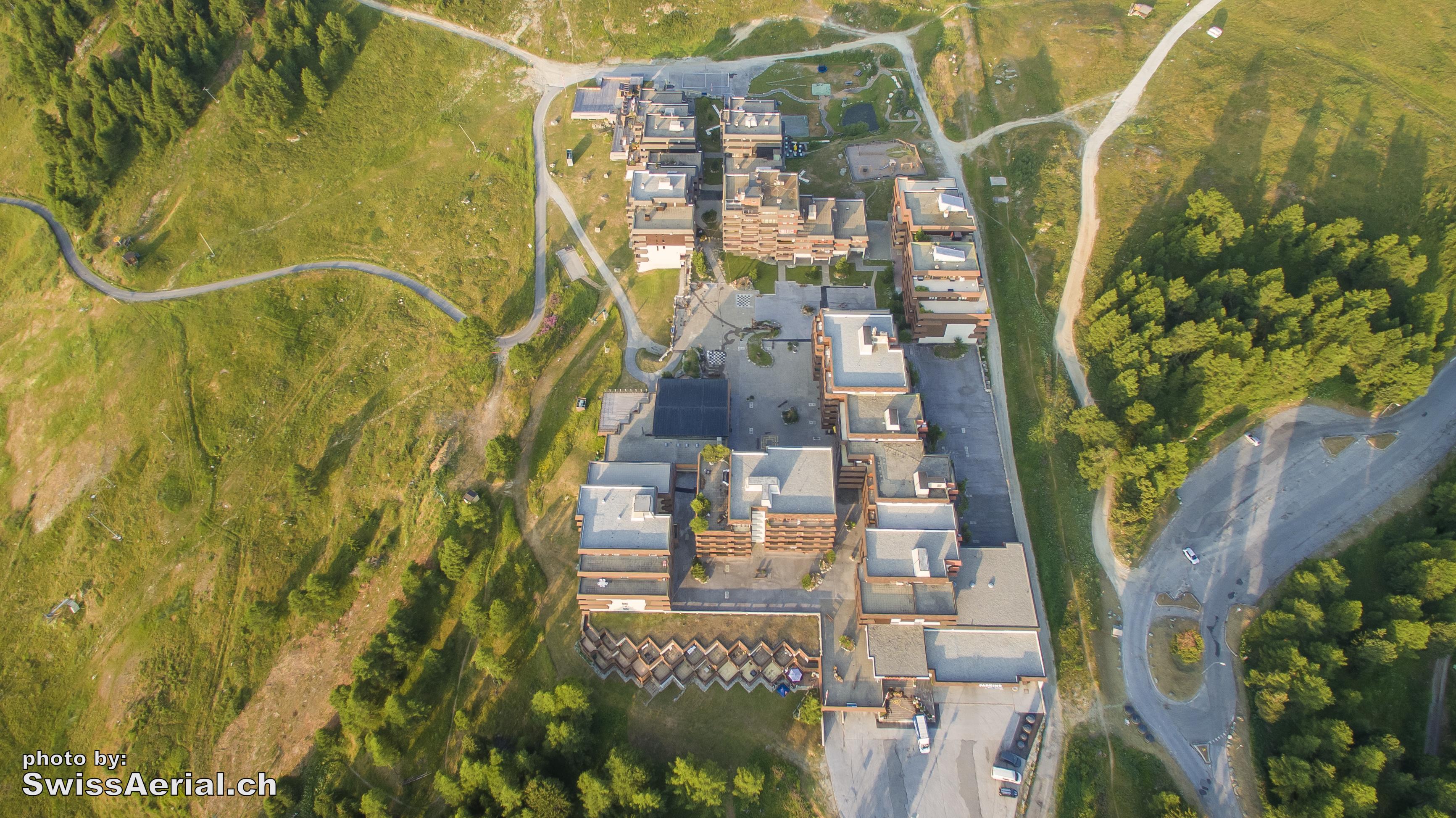 Thyon 2000 by www.swissaerial.ch